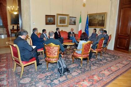 mao da Boldrini sett 2015
